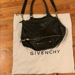 Givenchy medium size pandora bag